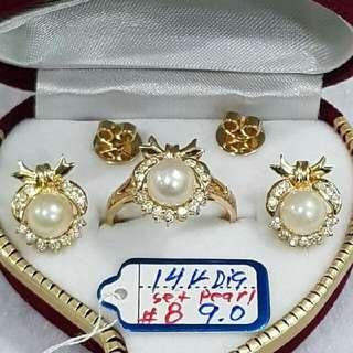 14k Diamond  Gold Set Pearl
