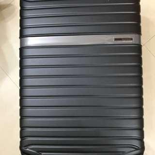Samsonite Levack 25吋行李箱