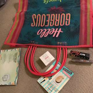 Benefit gift pack