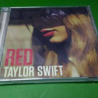 Red by Taylor Swift (US Edition)