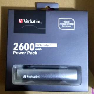 全新Verbatim 2600mAh 1.2A output power pack  充電器 尿袋