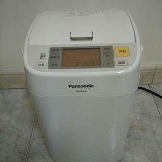 Panasonic SD-P104 麵包機
