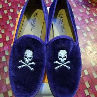 Original for men navy velvet slipper with skull and bone