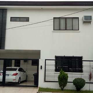 House and lot for sale in greenwoods executive village