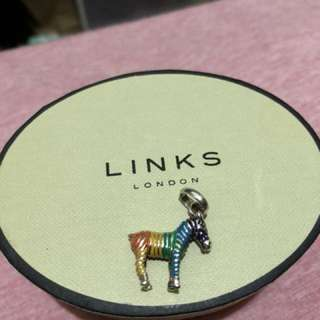 Links of London 彩色馬吊墜
