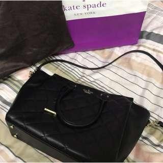 🚚 Kate Spade 全新黑色中型包