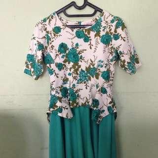 Baju Dress Hijau Bunga-Bunga
