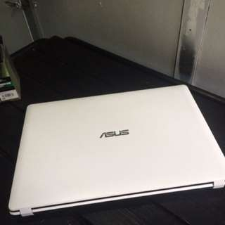 ASUS X-Series Model Core i3-3rd Generation 4gb Ram 500gb Hdd White Color Laptop