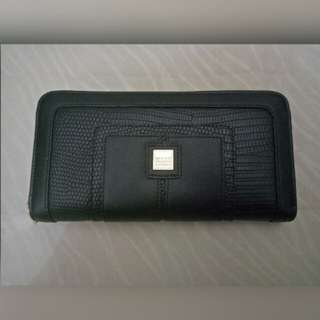 SALE! Authentic Girbaud wallet