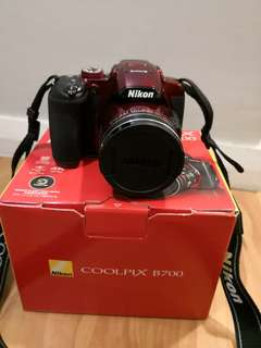 Nikon coolpix B700 (99% new)