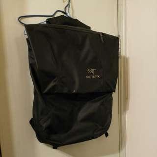 Arcteryx 不死鳥 Granville Backpack 20L