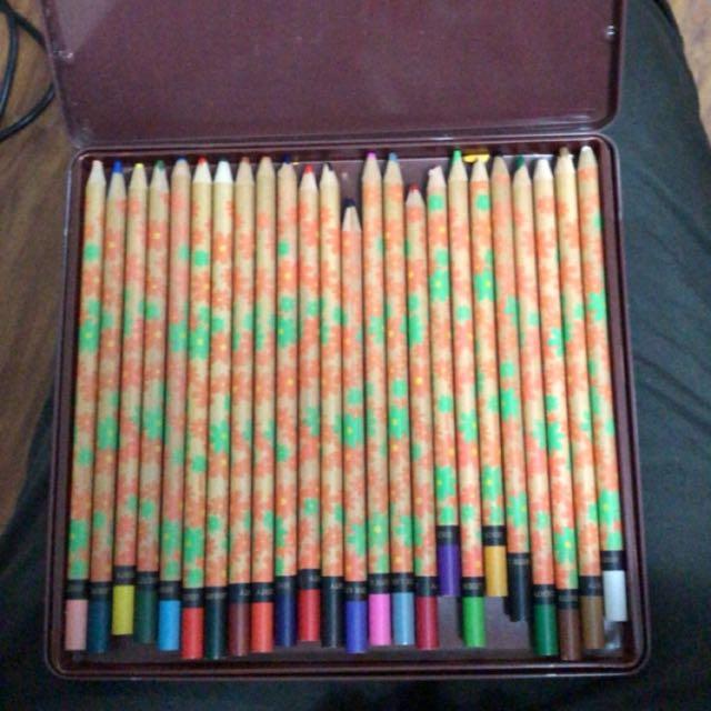 利百代24色色鉛筆