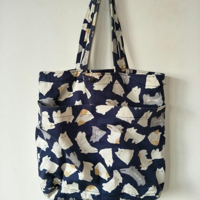 貓咪圖案帆布包帆布袋,隔層多,好放物,尺寸:底(32*5)*31高