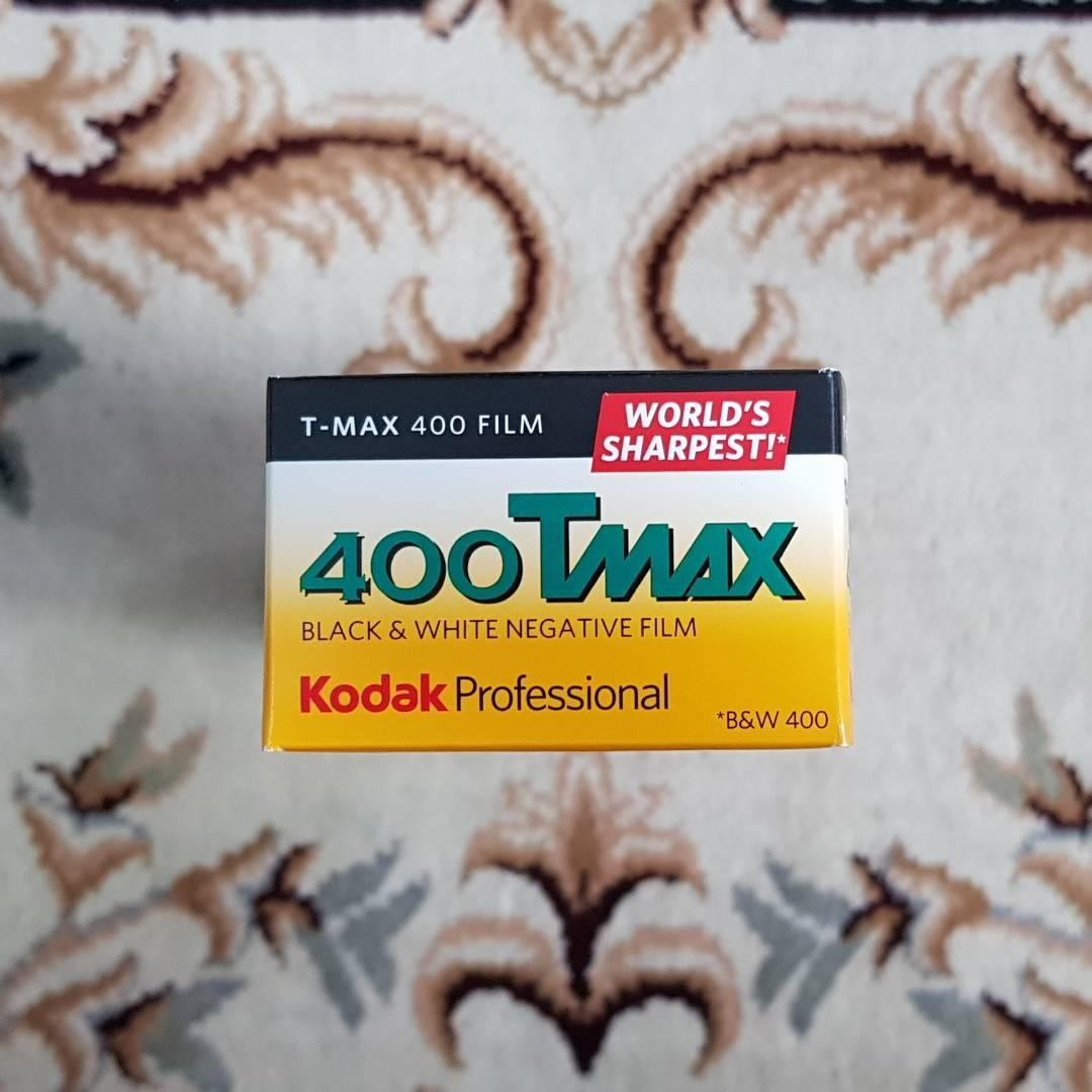 35mm Kodak TMAX 400 Black & White Film aka 400Tmax ( iso 400 ) 135 format