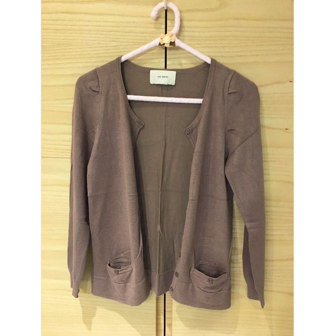 韓國品牌50%  針織外套  降價重刊登  二手