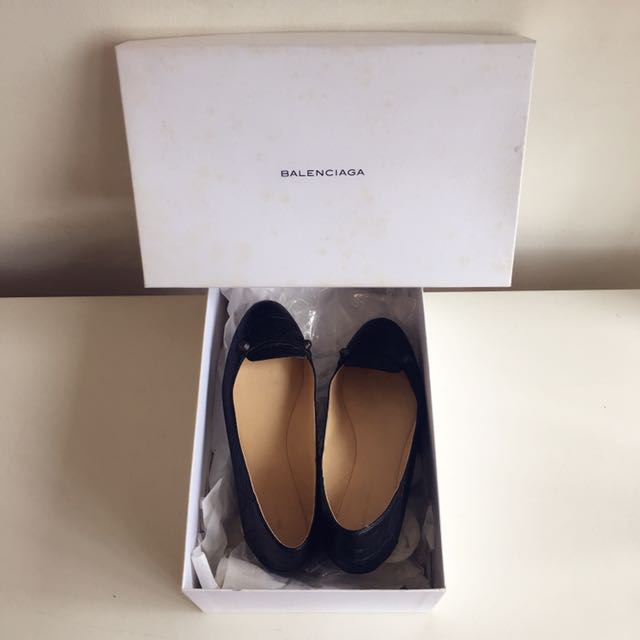 9成新BALENCIAGA卯釘37號黑色平底鞋/版型偏小