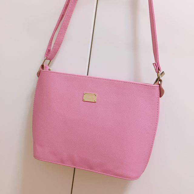粉色質感壓紋肩/側背包💕