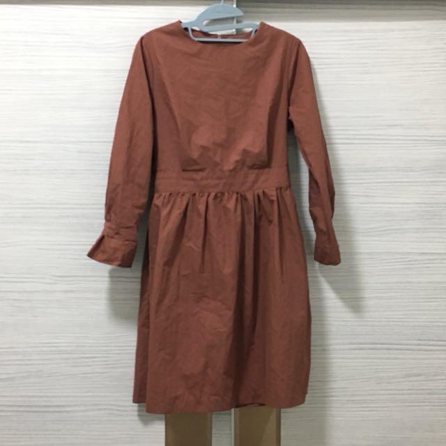 磚紅色洋裝