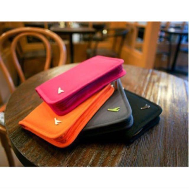 桃紅色短款飛機護照包/證件包