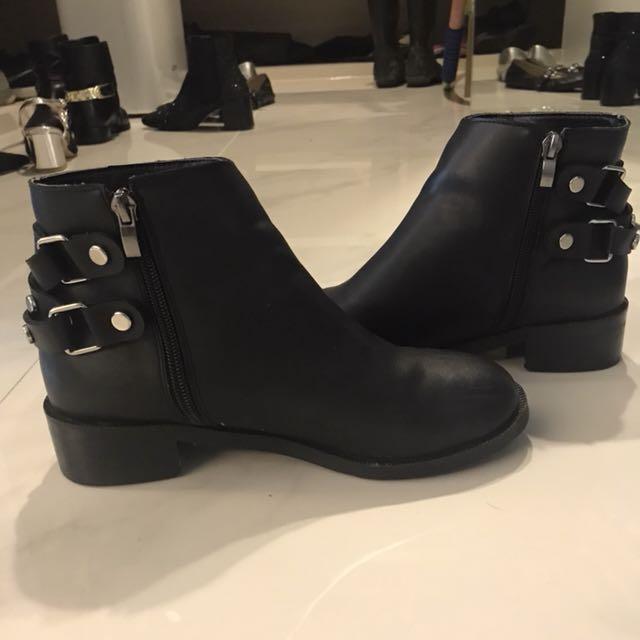 鉚釘短靴款: 雨鞋