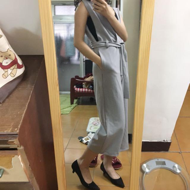藍灰色質感七分連身寬褲 #有超取最好買