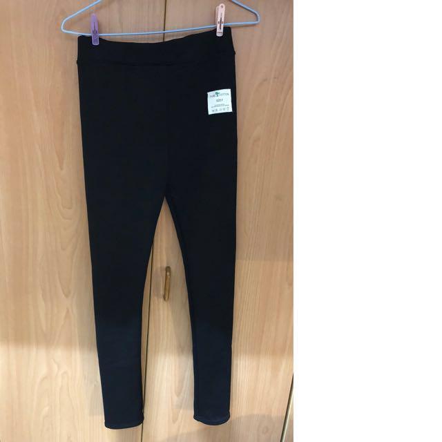 黑色長褲 內刷毛 保暖 內搭褲 超顯瘦