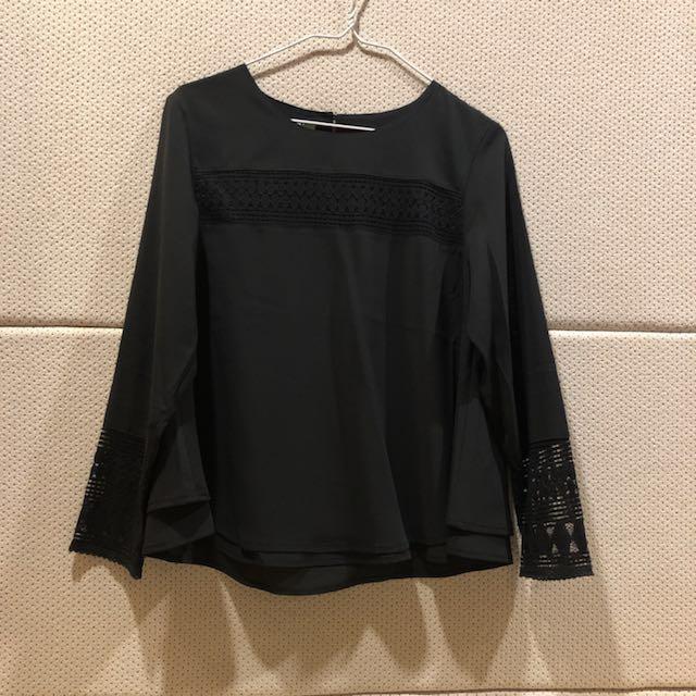 全新專櫃 T-parts 黑色刺繡繡口上衣