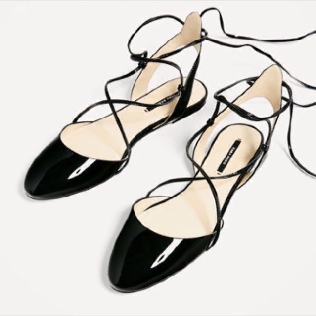 求出清!全新 Zara 綁帶芭蕾平底鞋
