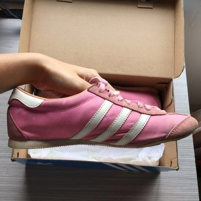 ADIDAS SHOES 100% ORIGINAL