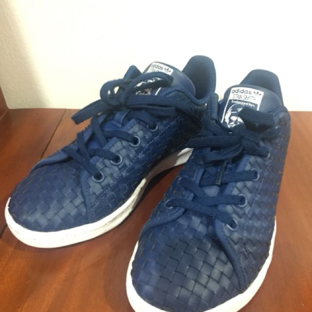 brand new dc574 e1642 Adidas Stan Smith Kids (Navy Blue) on Carousell