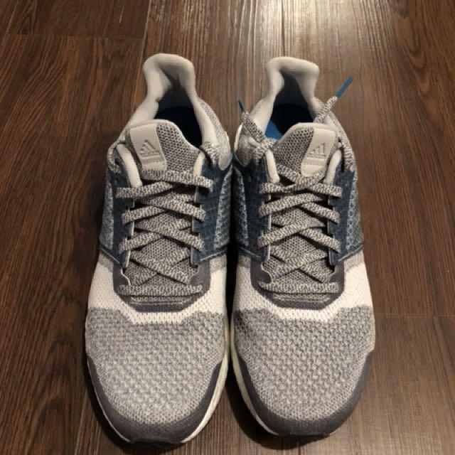 Adidas UltraBoost Size 9
