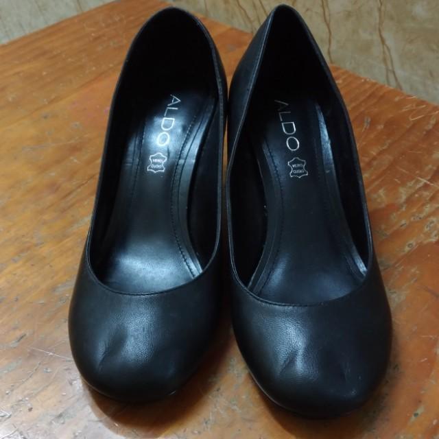專櫃ALDO 黑色低根 包鞋 35