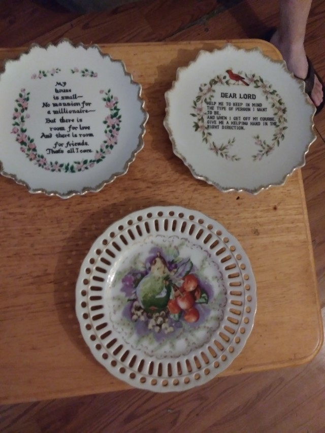 Beautiful Plates and Unique Gravy Boat w/ matching creamer server