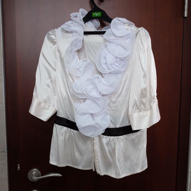 BEBE white truffle blouse