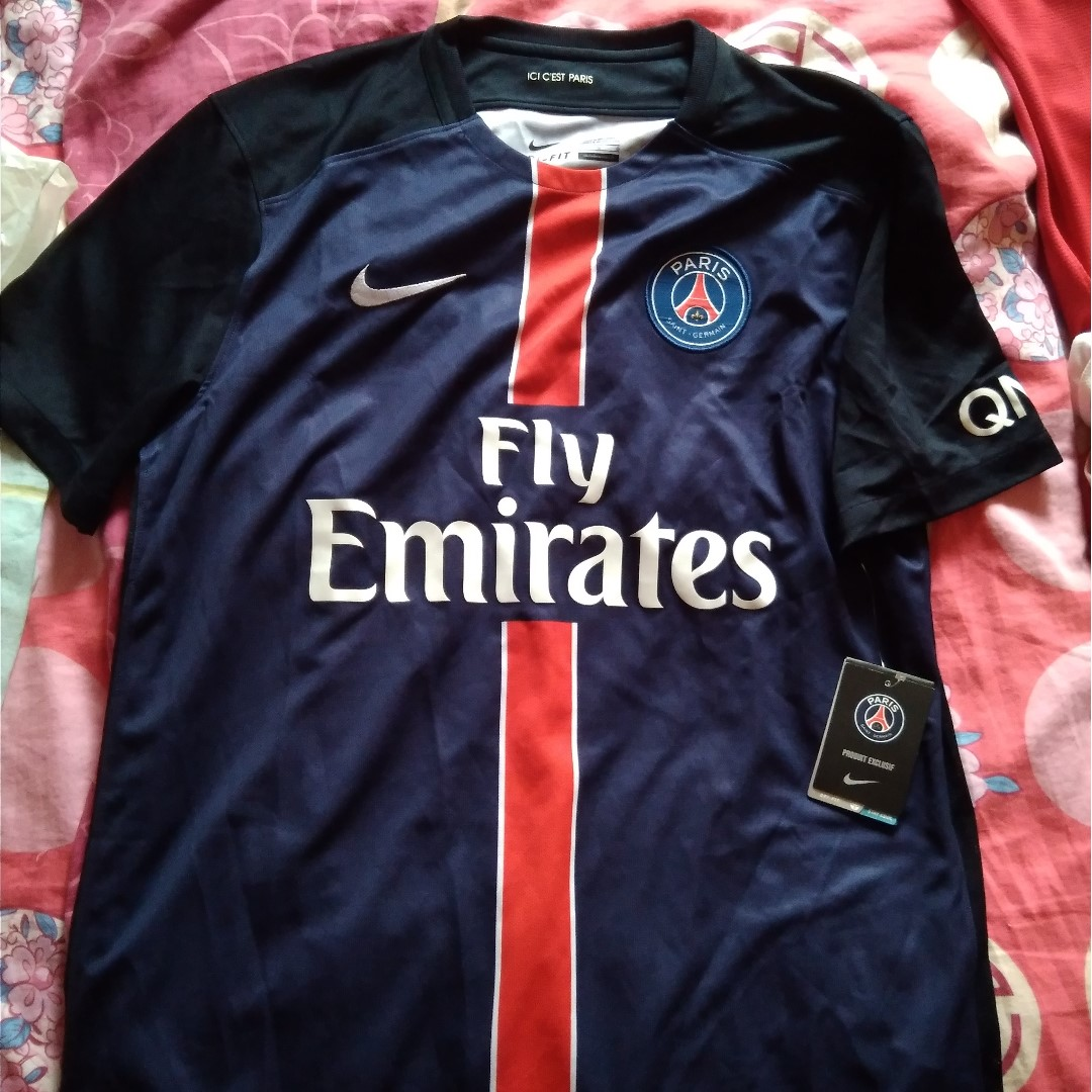 brand new with tags Paris St Germain nike 2015-16 home shirt size large fc9f3dfb6142b