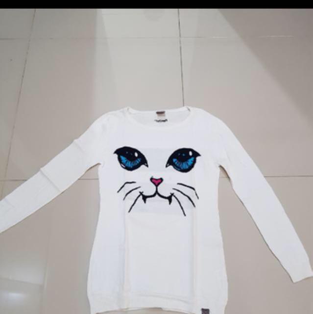 Cat Sweater Jaket kucing white/putih planet sports