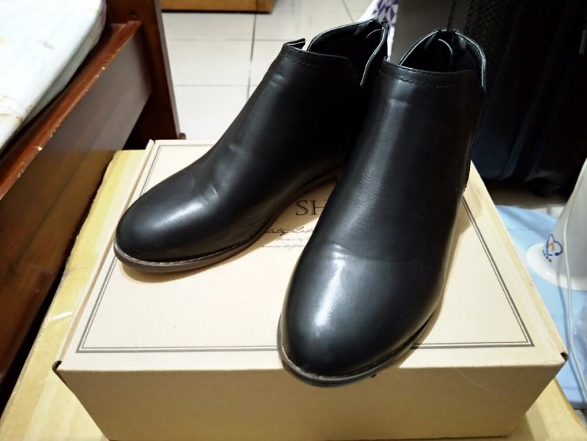D+AF 好感加分 側V口平底精靈短靴