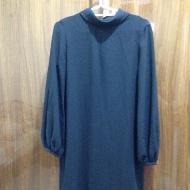 Dress warna hitam Zara