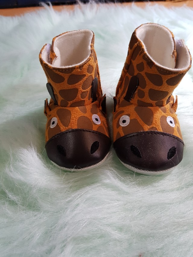 Giraffe shoes(not used)