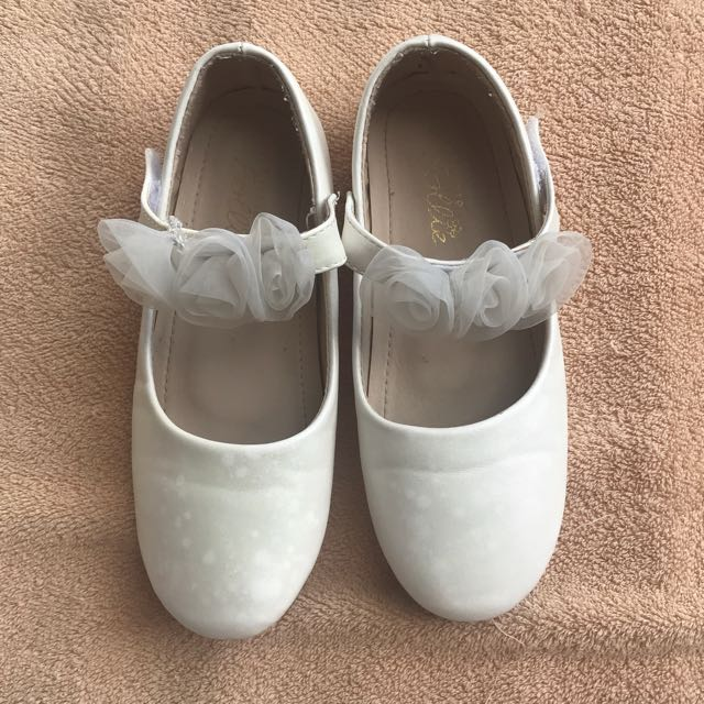 Girls White Formal Shoes