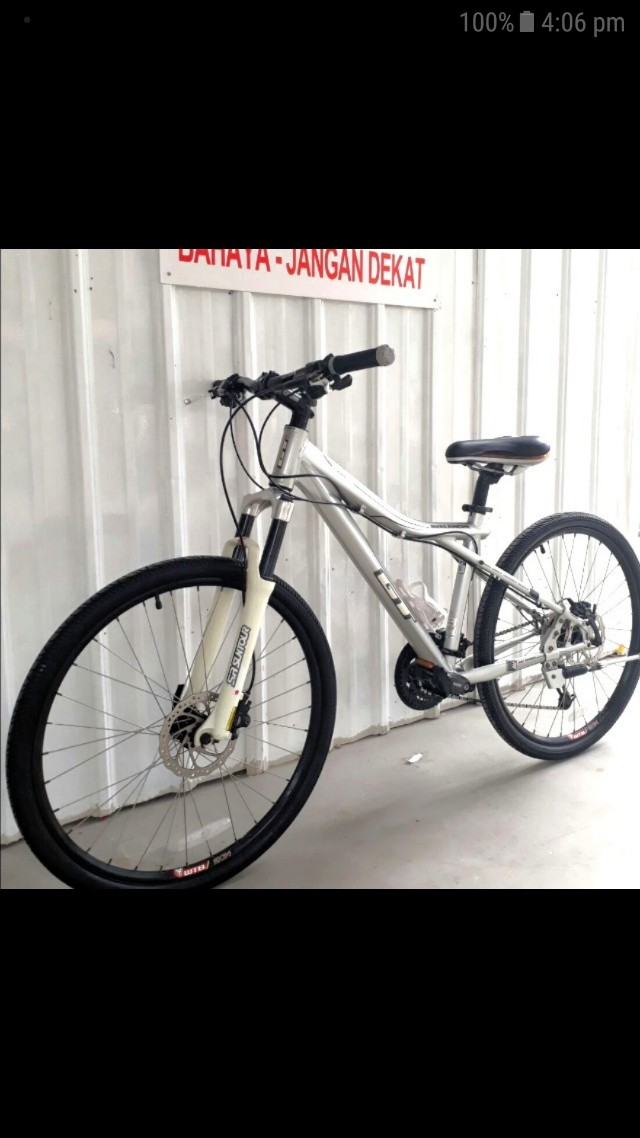 GT Avalanche 2.0 Hardtail Mtb, Bicycles & PMDs, Bicycles on Carousell