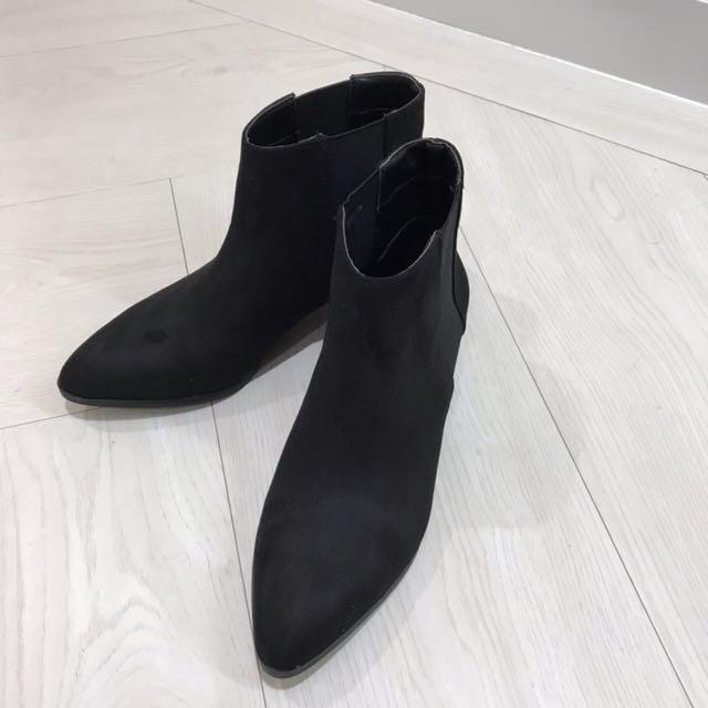H&M 絨面微尖頭短靴 秋冬系列 全新出清