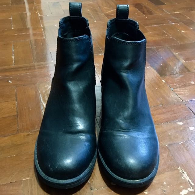 H&M Divided Chelsea Boots