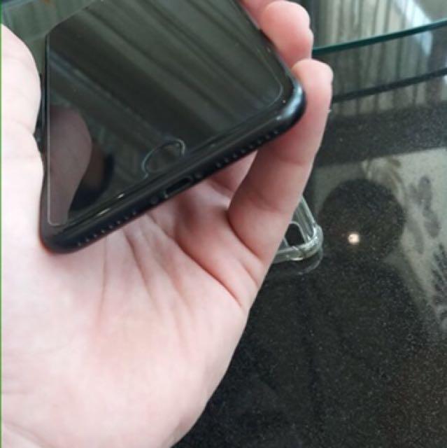 Iphone 7 plus 32gb matte black resmi IBOX 99% body mulus.