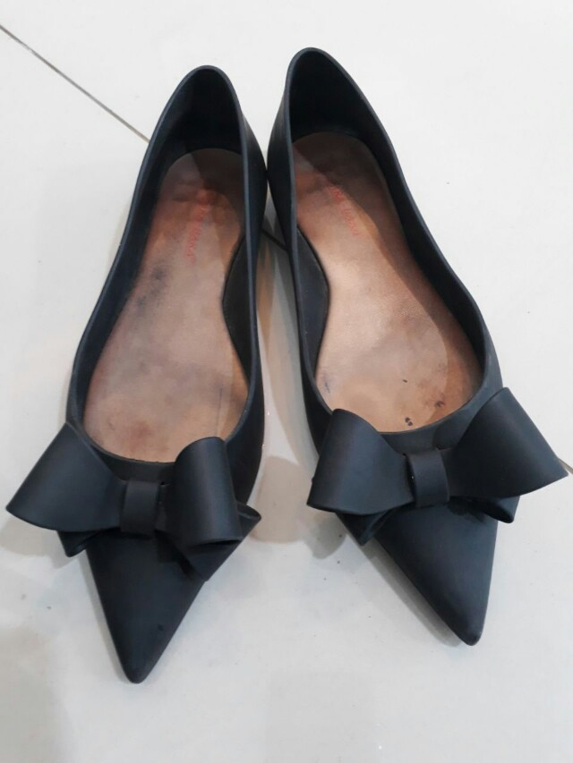 Jelly Pointed Shoes