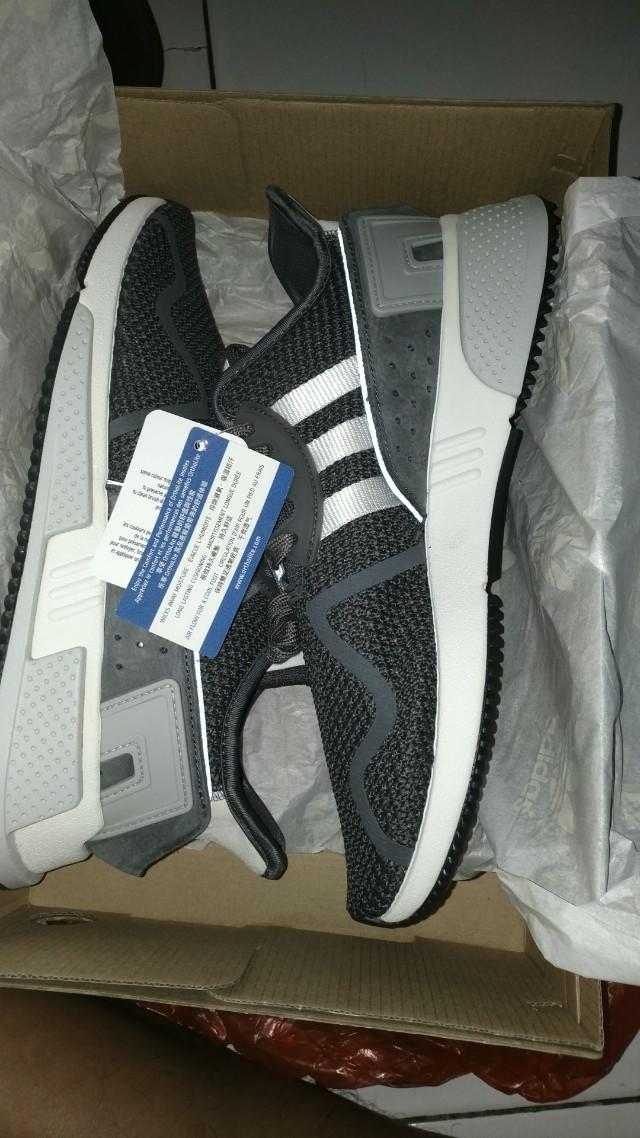8fea2c3342352 Jual sepatu Adidas original