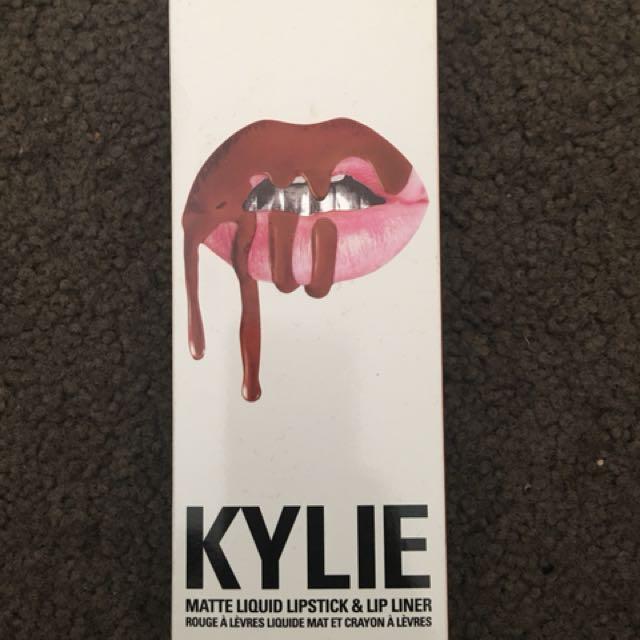 Kylie Cosmetics Dolce K lipstick