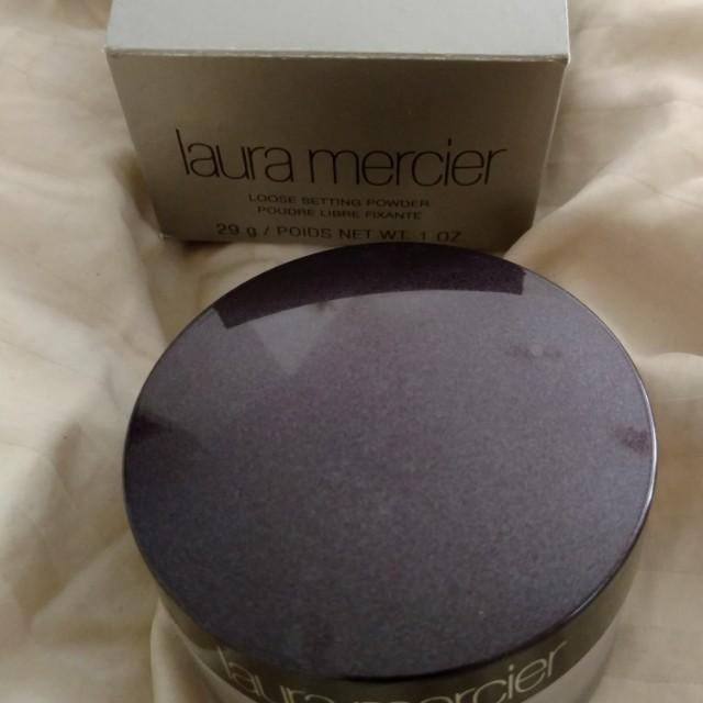 Laura Mercier Translucent powder. Brand New in Box