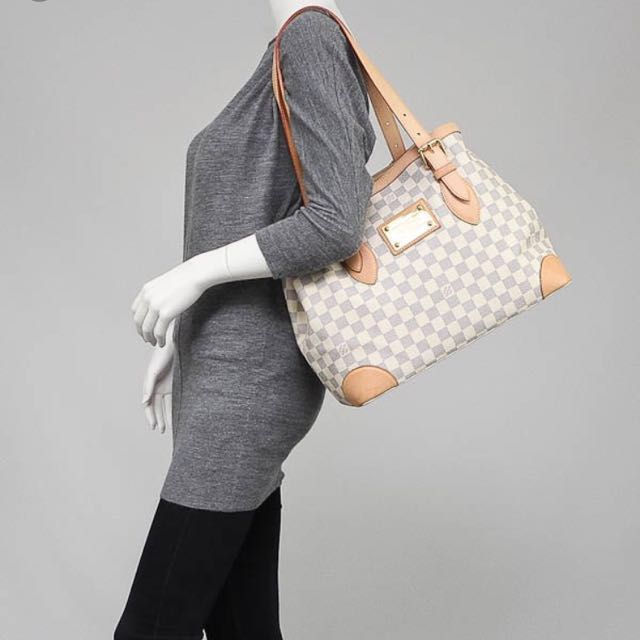 Like New Louis Vuitton LV Damier Azur Hampstead MM Tote Not Chanel ... 56c7df686