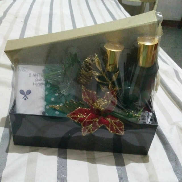 Marks and Spencer Christmas Parcel for him